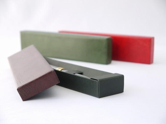 合皮のペン用貼箱