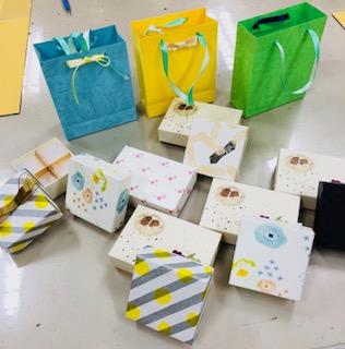 はこつく、旭屋、手作り、ワークショップ、箱、紙箱、紙袋、楽しい、在宅ワーク